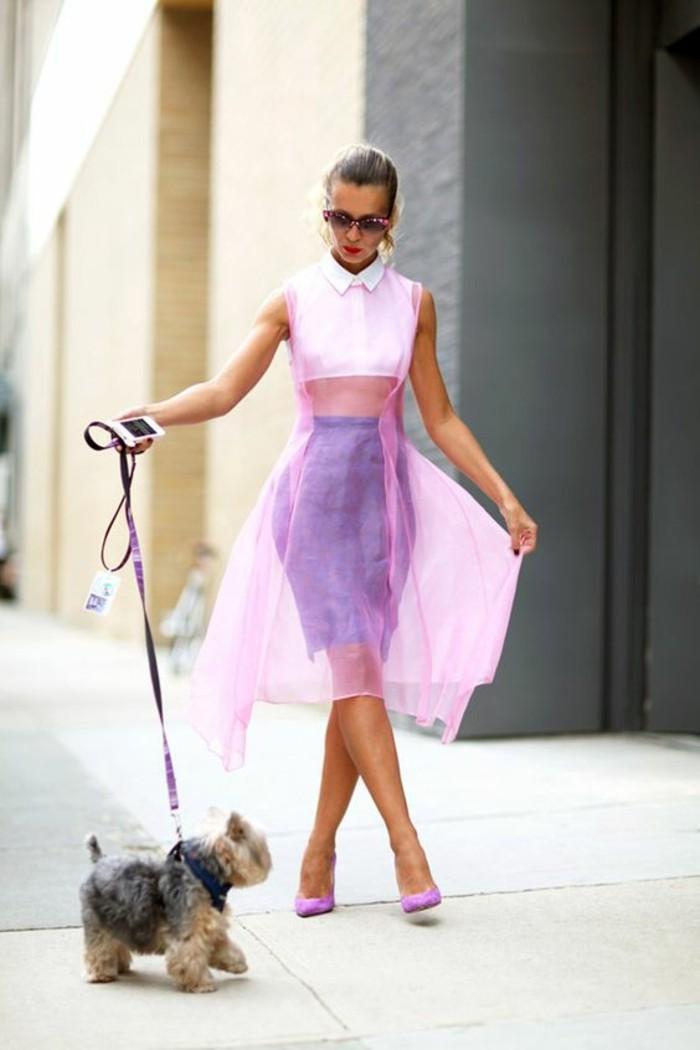 Modetrends transparente Kleider rosa Überkleid