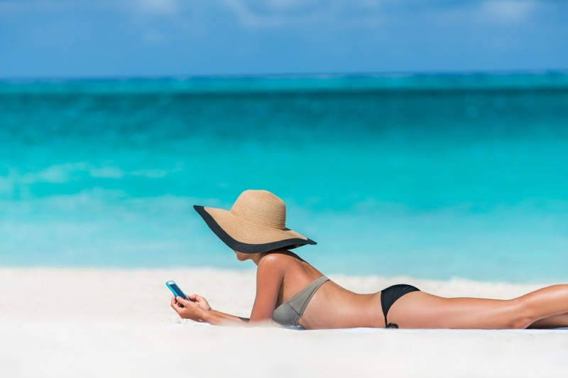 Reisepakete Smartphone Urlaub Sommerurlaub Meer