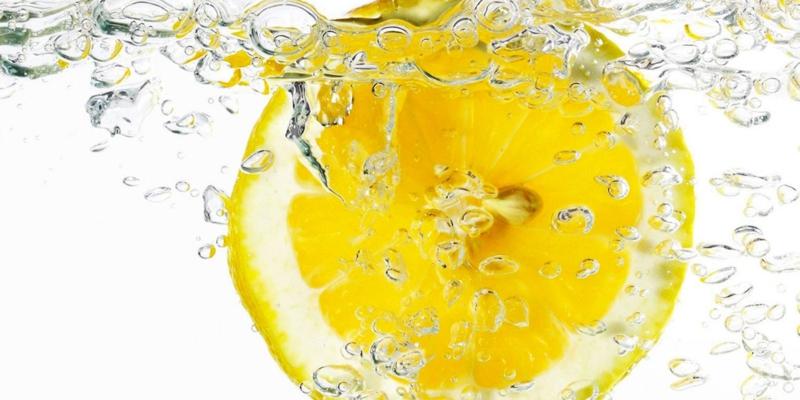 Diuretisches Wasser zum Abnehmen