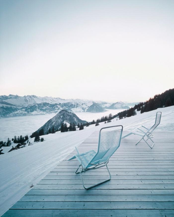 außergewöhnliche ferienhäuser schweiz berghaus schneelandschaft
