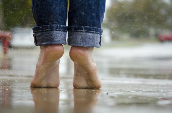 barfuß laufen gesund leben hauptsache gesund lebe gesund fusspflege fußpflege regen