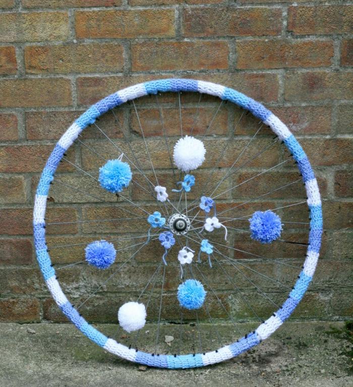 deko ideen diy ideen einrichtungsbeispiele fahrradseiten weihnachtsdeko2 strickgraffity2 verlinken