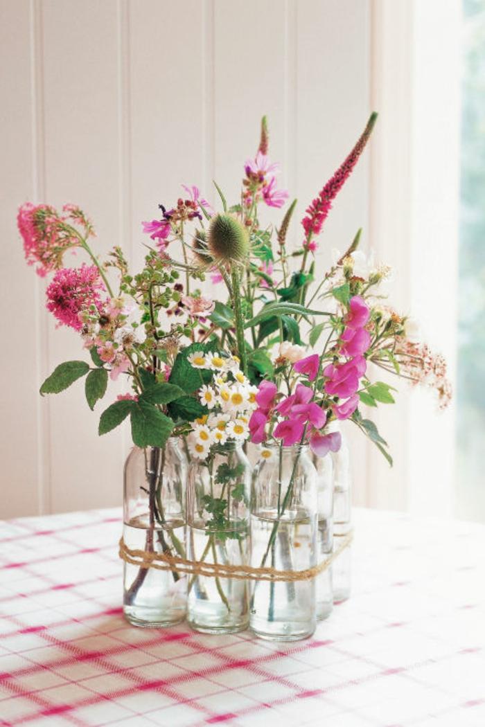 Deko vase mit blume wohn design - Vasen dekorieren ...