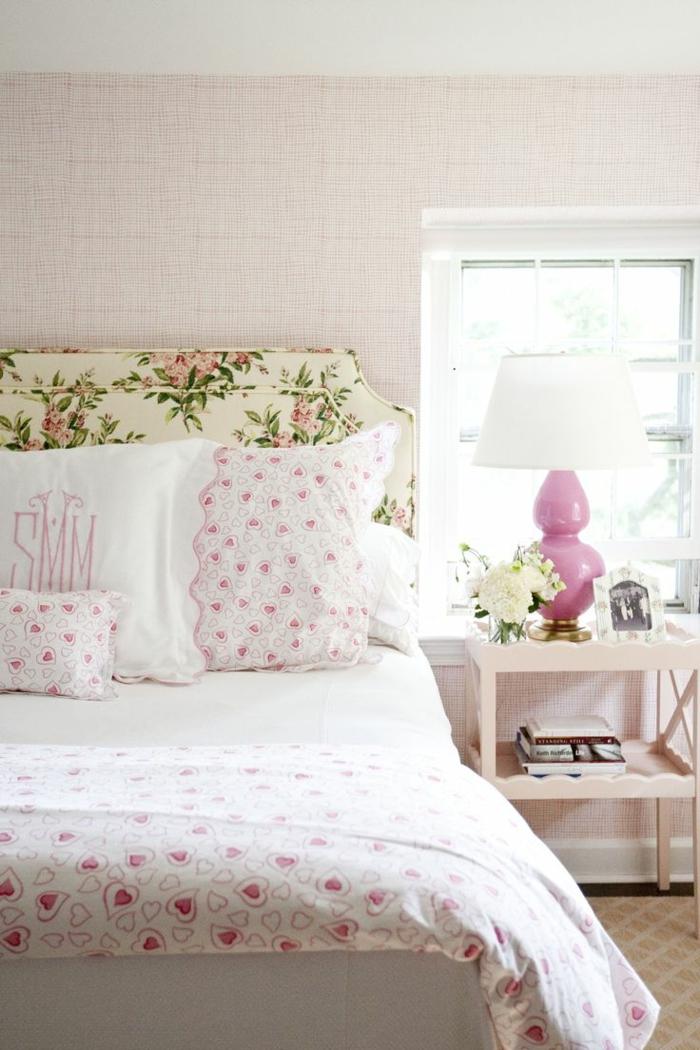 deko blumen schlafzimmer dekorieren stoffmuster herzen