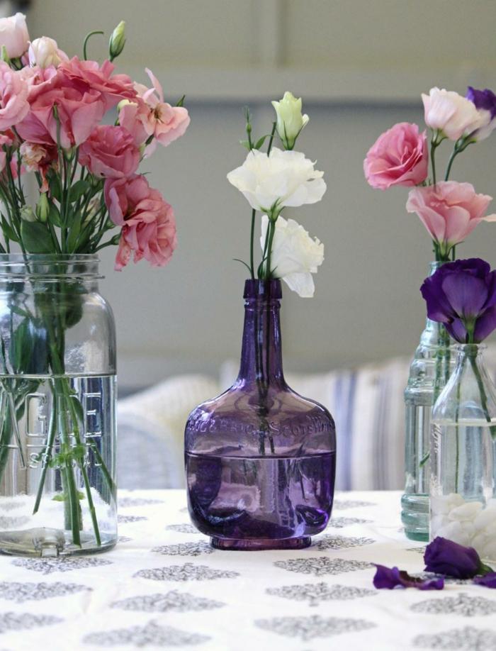 deko flaschen glasflaschen blumendeko tischdeko ideen