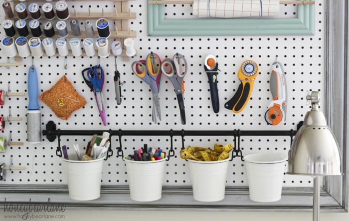 einrichtungsbeispiele deko ideen wohnideen DIY ideen naehzimmer trendfarben naehmaschine ogo