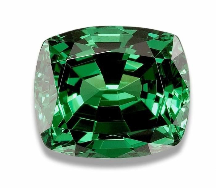 granat edelstein heilwirkungen grüne farbe schmuck