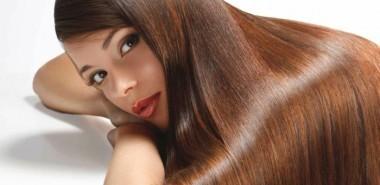 haarpflege-tipps-haare-färben-natürlich-braunes-langes-haar