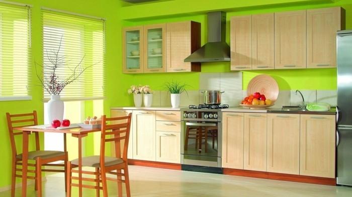 küchenmöbel hölzerne unterschränkegrüne wandfarbe kleiner essbereich