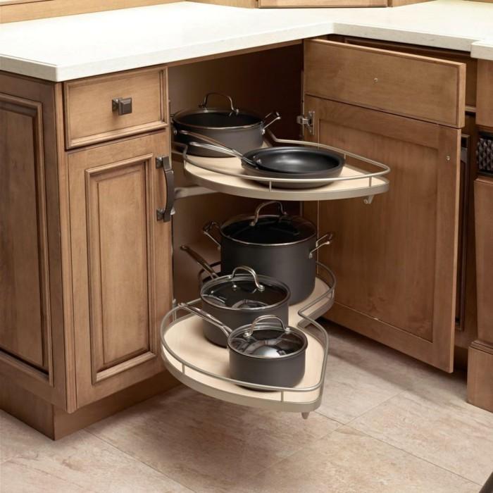 küchenschränke kaufen funktionale küchenschränke helle bodenfliesen