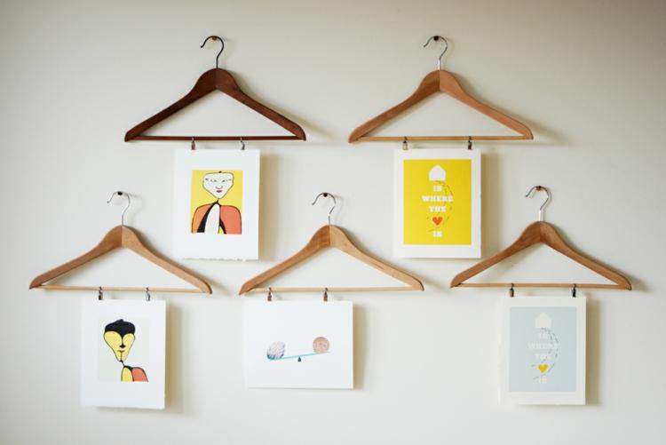 kreative Wandgestaltung Ideen Kleiderbügel Klammern