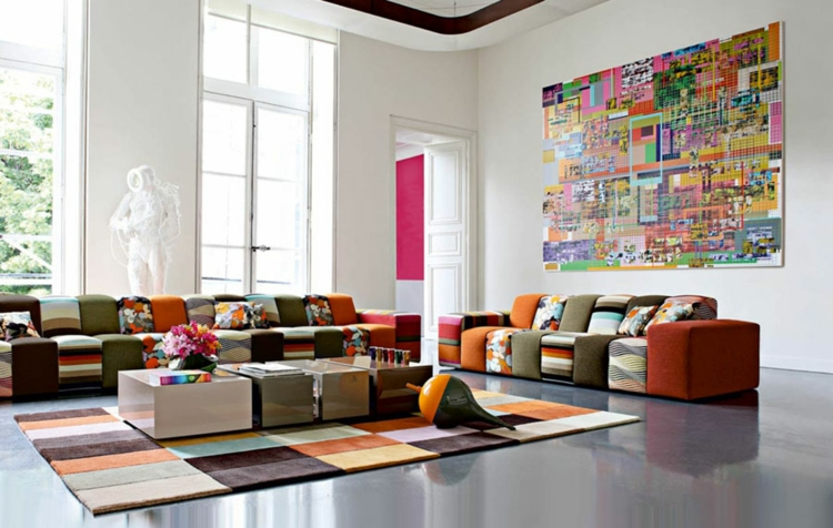 kreative Wandgestaltung Wohnzimmer Ideen bunte Wohnzimmermöbel