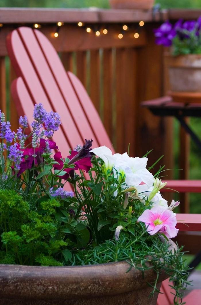kreative gardenideen blumen farben freude gartendeko