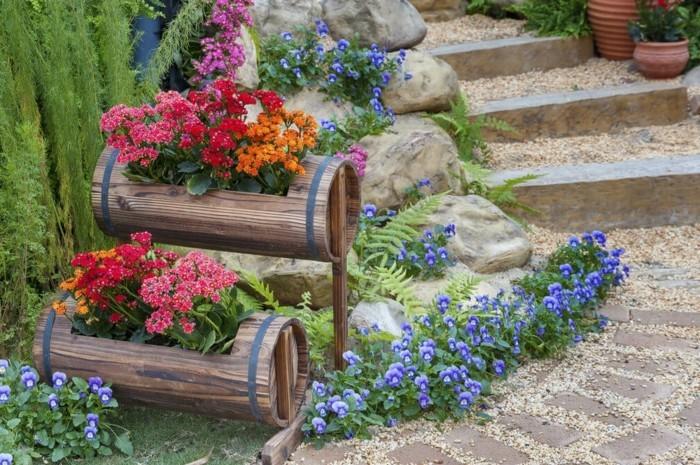 kreative gardenideen blumen pflanzengefäße