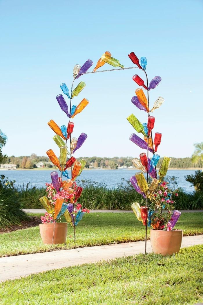 kreative gardenideen flaschen farbige dekoideen