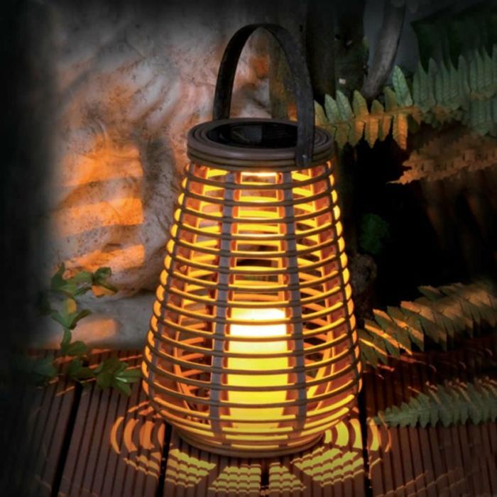 laterne lampion indirekte beleuchtung lichtfest lichterkette mysterie titel