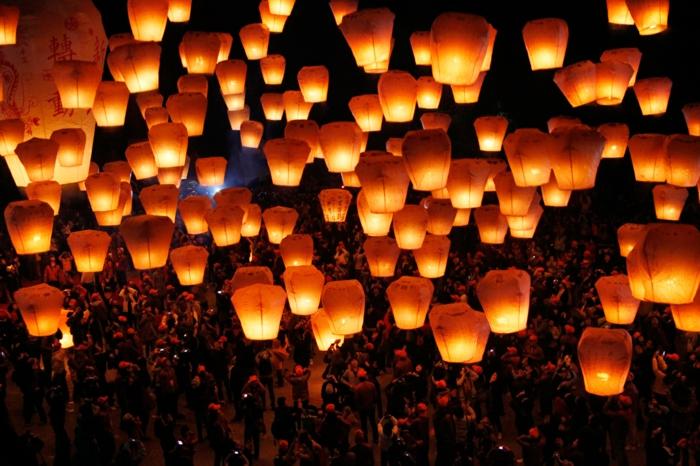 laterne lampion indirekte beleuchtung lichtfest