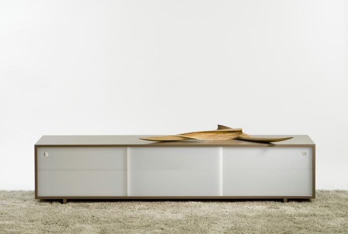 lowboard tv wohnzimmer ideen einrichten einrichtungsbeispiele plastik holz