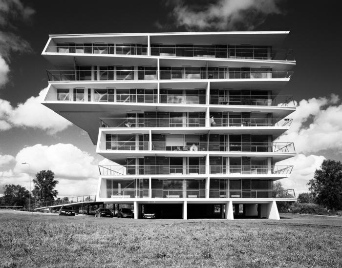 massivhaus bauen brutalismus architektur modern beton fassade le corbusier citrohan