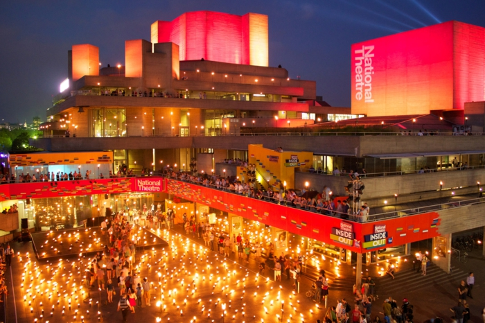 massivhaus bauen london nationaltheater beton fassade brutlismus architektur