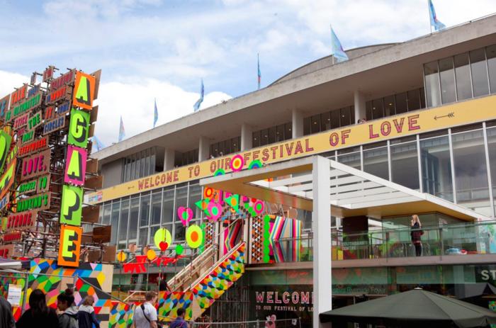 massivhaus bauen london southbank centre festival of love