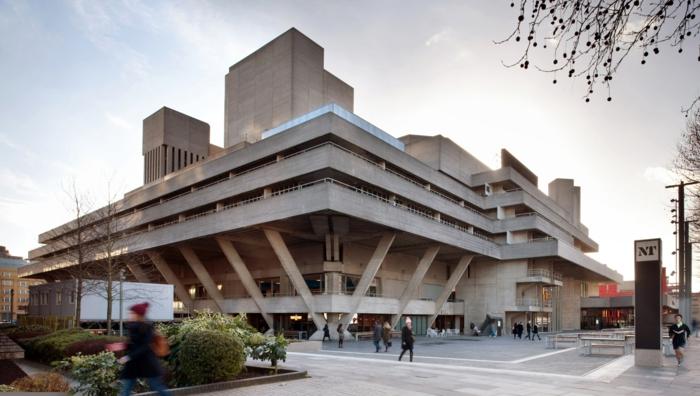 massivhaus bauen london southbank nationaltheater brutalismus moderne architektur