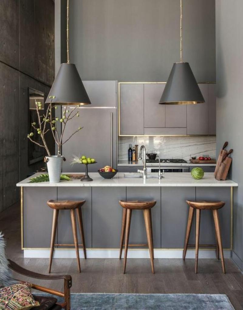 moderne Küche grau Kücheninsel Arbeitsplatte Pendelleuchten