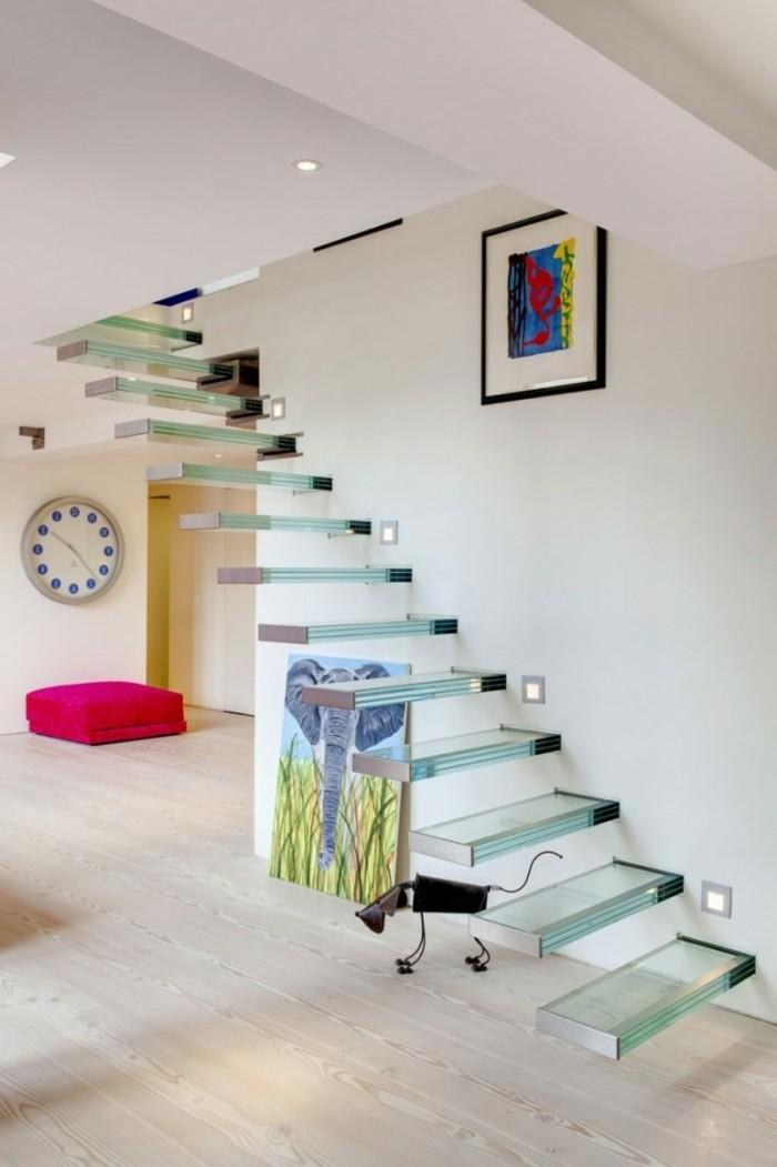 moderne treppen gläsern organisch schwebend