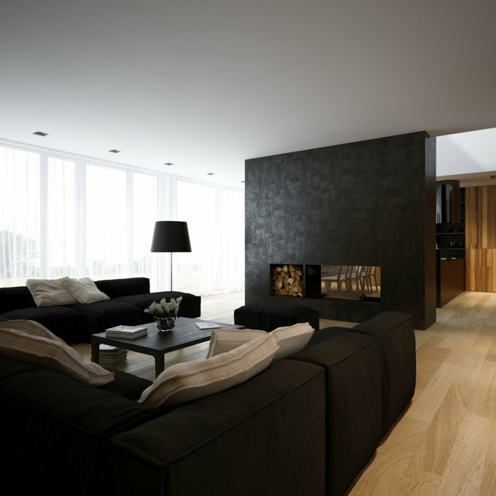 schönes wohnzimmer dunkle möbel feuerstelle weiße gardinen
