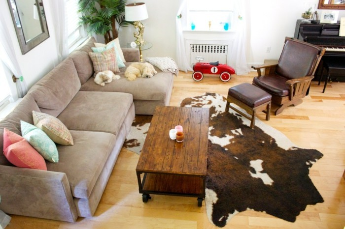 schönes wohnzimmer einrichten ideen dekokissen schickes sofa