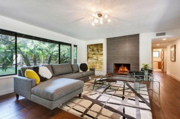 schönes wohnzimmer heller teppich kamin