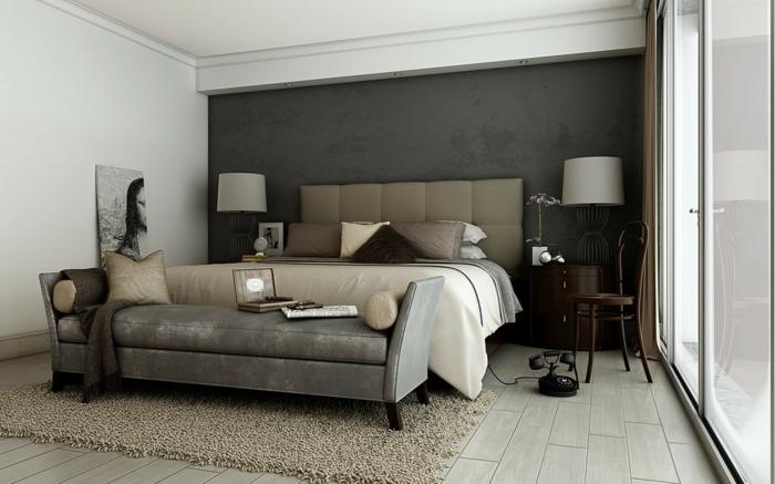 schlafzimmer grau beiger teppich schlafzimmerbank graue akzentwand - Schlafzimmer Banke