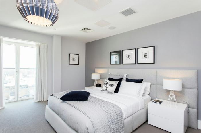 schlafzimmer grau graue akzentwand weiße möbel cooler leuchter