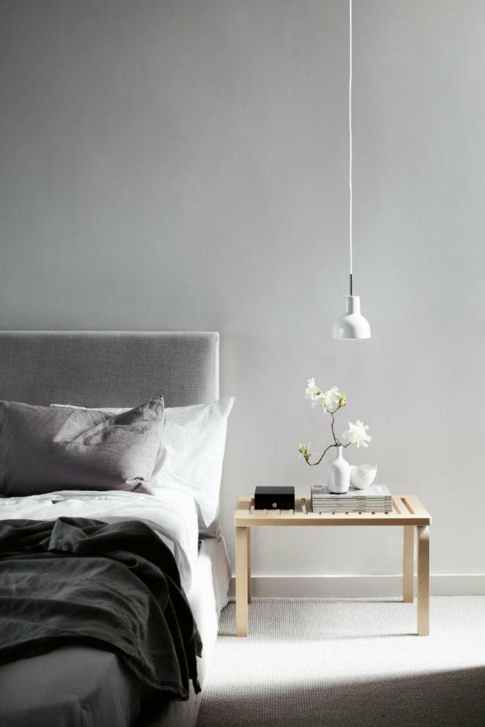 schlafzimmer grau helle wände minimalistisches interieur blumen