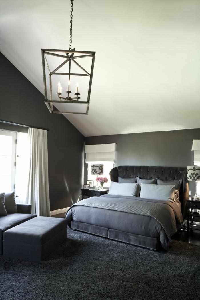schlafzimmer grau 88 schlafzimmer mit deutlicher pr senz. Black Bedroom Furniture Sets. Home Design Ideas