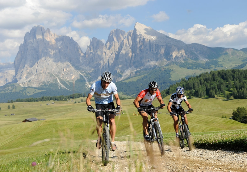 schnell und gesund abnehmen Sport treiben Fahrrad fahren