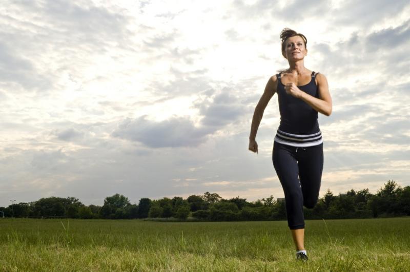 schnell und gesund abnehmen Sport treiben Joggen