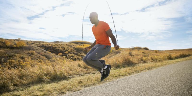 schnell und gesund abnehmen Sport treiben seilspringen