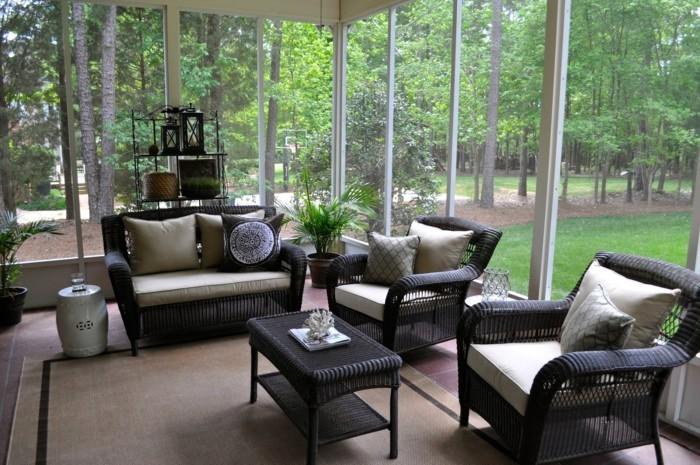terrassenüberdachung pergola bauen strohhütte weiß glas