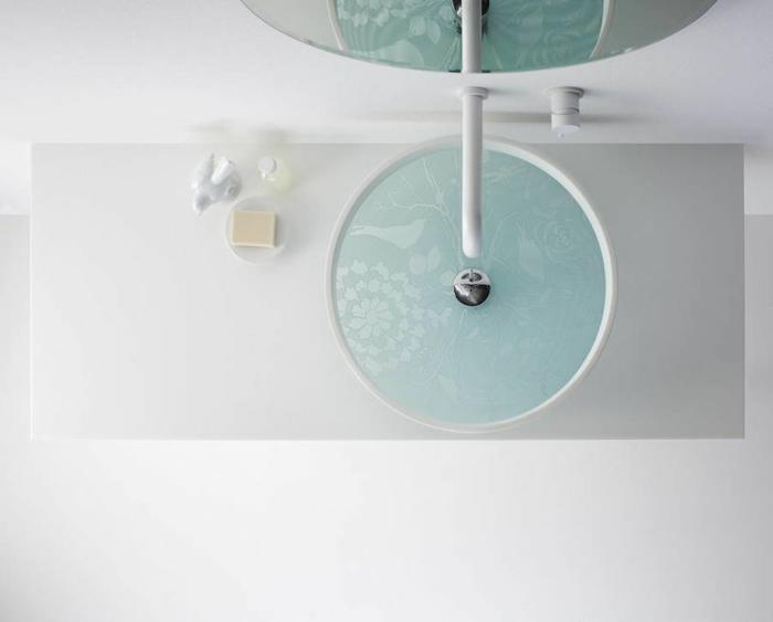 waschbecken design runde form glas stahl weiße badezimmereinrichtung