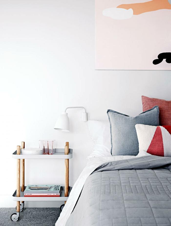 wohnideen schlafzimmer schlafzimmermöbel hellgrau funktionaler nachttisch