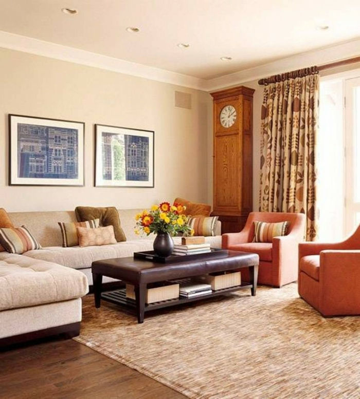 wohnideen wohnzimmer wände beige gardinen florales muster