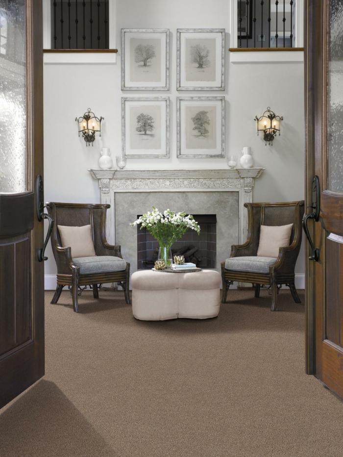 wohnideen wohnzimmer beiger teppichboden kamin gemütlich
