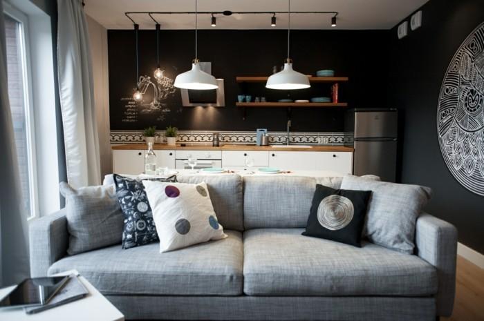 Wohnideen Wohnzimmer Helles Sofa Dunkelgraue Wände Offener Wohnplan