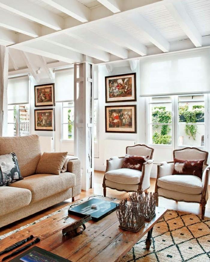 wohnideen wohnzimmer rustikaler couchtisch elegante sessel