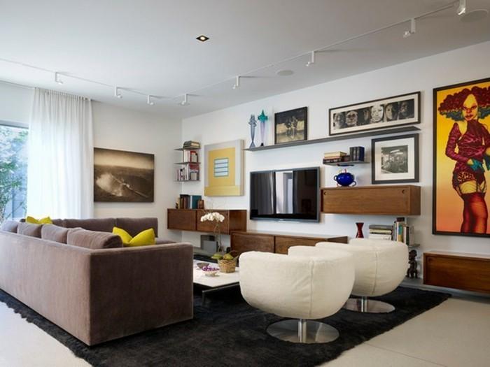 wohnideen wohnzimmer schwarzer teppich braunes sofa fernseher