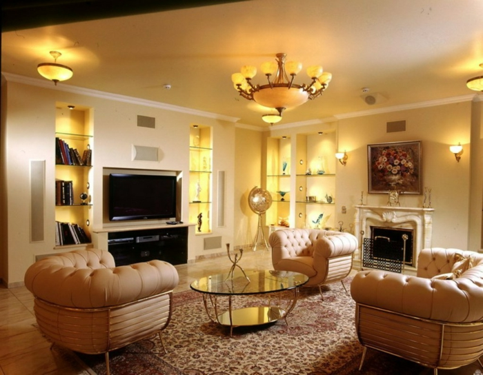wohnzimmer beige stilvolle möbel komfortabel offene regal beleuchtung