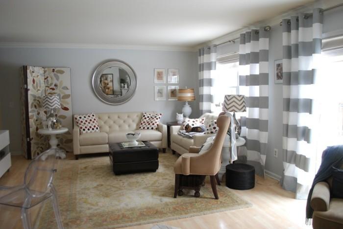 wohnzimmer grau hellgraue wände beiger teppich stoffmuster