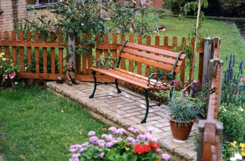 Gartengestaltung Gartendeko Ideen Gartenbank Gartenzaun Holz