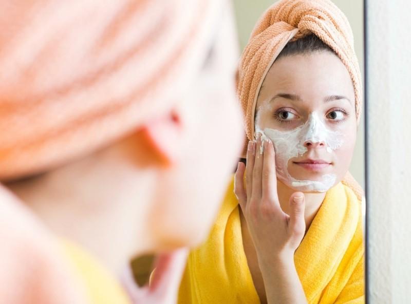 Gesichtsmaske selber machen schöne Haut Tipps Bilder